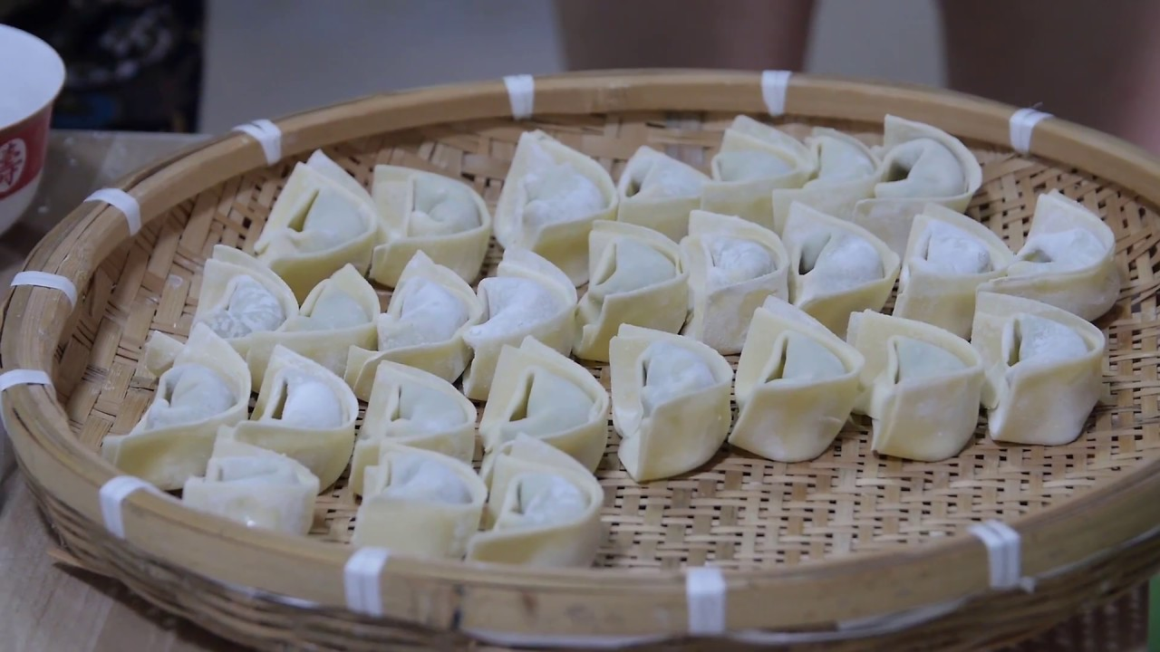 Mastering Dumpling-Making in Suzhou